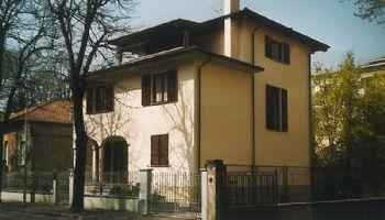 Villa indipendente Via Vitali Piacenza 1997
