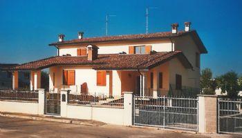 Villa bifamiliare Settima Gossolengo 2000/2001
