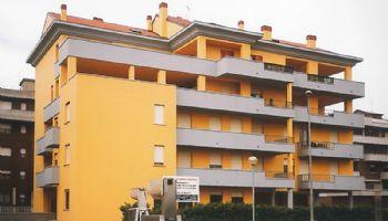 Palazzo quartiere Besurica Piacenza 2000/2001