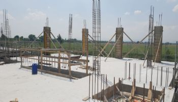 Casseratura pilastri secondo piano.