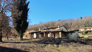 Villa bifamiliare Croara